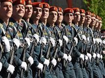 http://www.soldati-russian.ru/50/parade.jpg