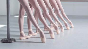 http://balet24.ru/wp-content/uploads/2019/04/Pointe_shoes_14_27021306.png