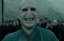 Voldemort-Smiling-in-Harry-Potter.jpg